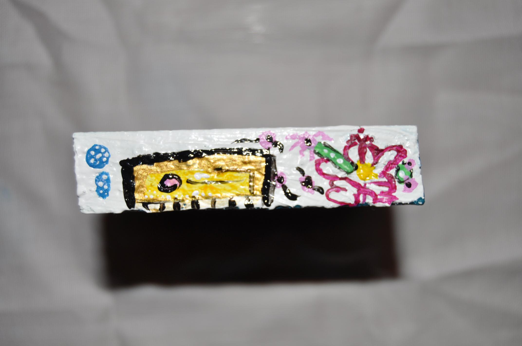 5pintura Acrílico sobre madera.  8x1,5 cm